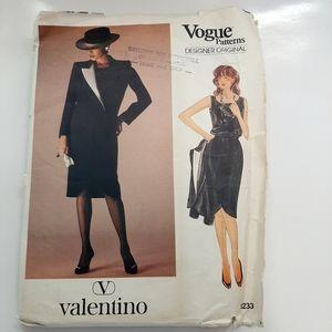 VTG VOGUE VALENTINO SUIT PATTERN  # 1233